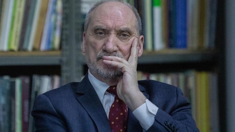 Strajk nauczycieli 2019. Antoni Macierewicz skrytykował protest pedagogów