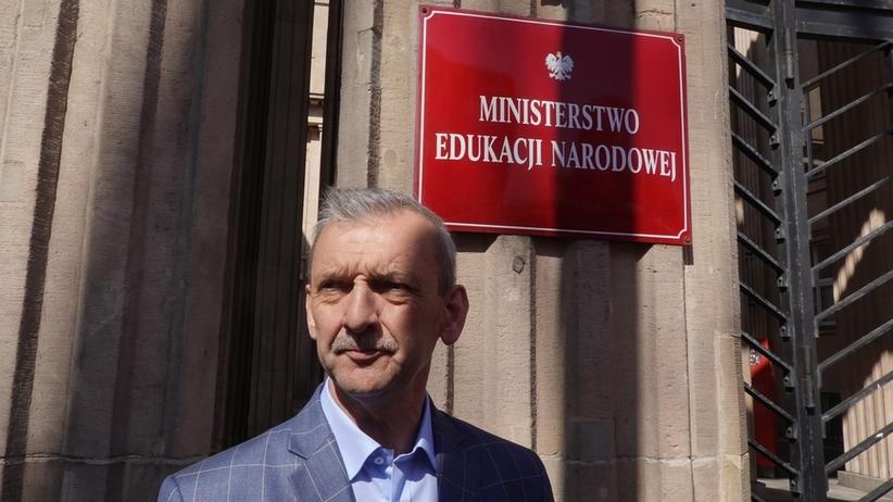Strajk nauczycieli we wrześniu? Broniarz potwierdza datę referendum