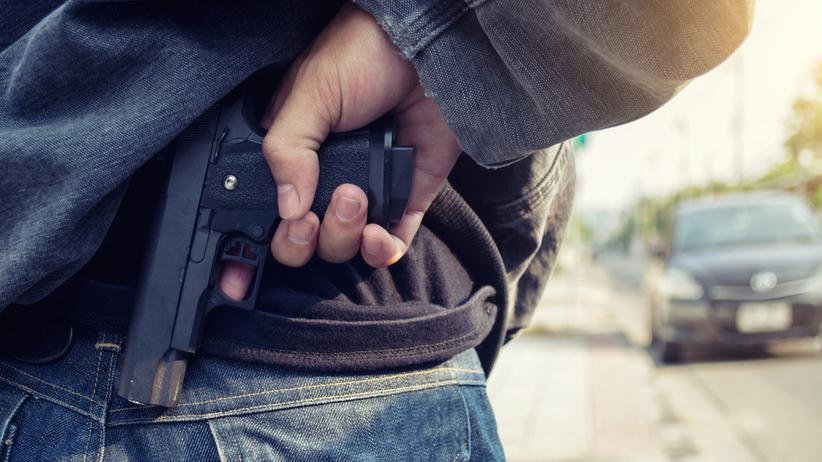 Zapytał przechodnia, czy ma jakiś problem i zaczął strzelać. Krwawe sceny w Radlinie