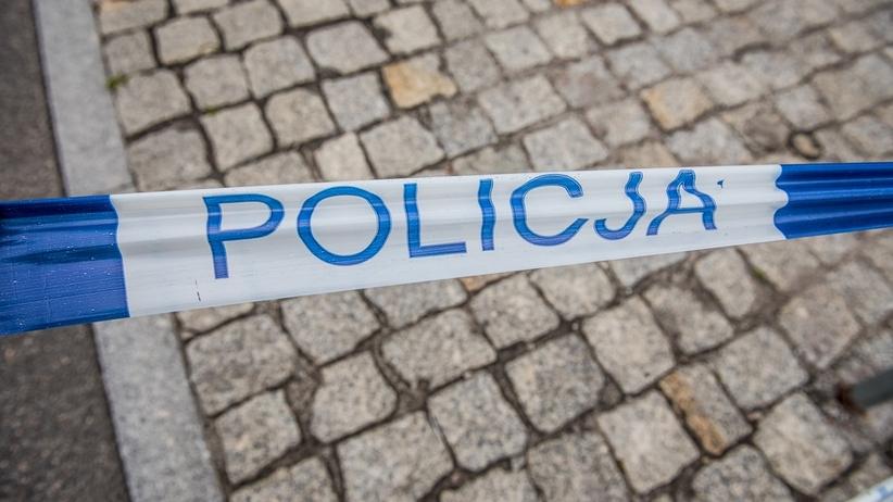 Strzelanina na Bródnie w Warszawie. Nie żyje kobieta. Obok wybuchły pożary