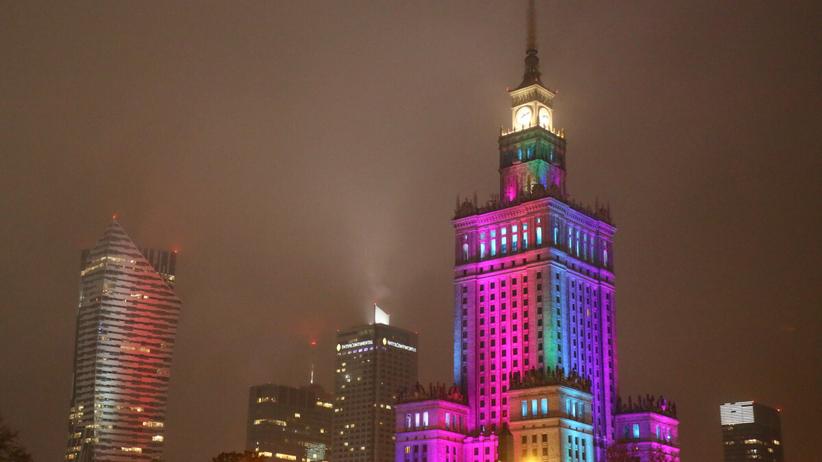 w polskich miastach zgasną światła
