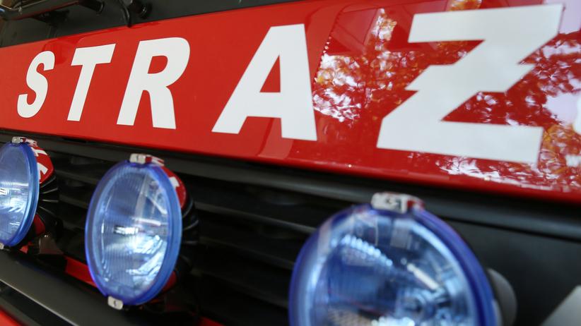 Spalone zwłoki znalezione w drewnianym domu. Tragiczne odkrycie strażaków