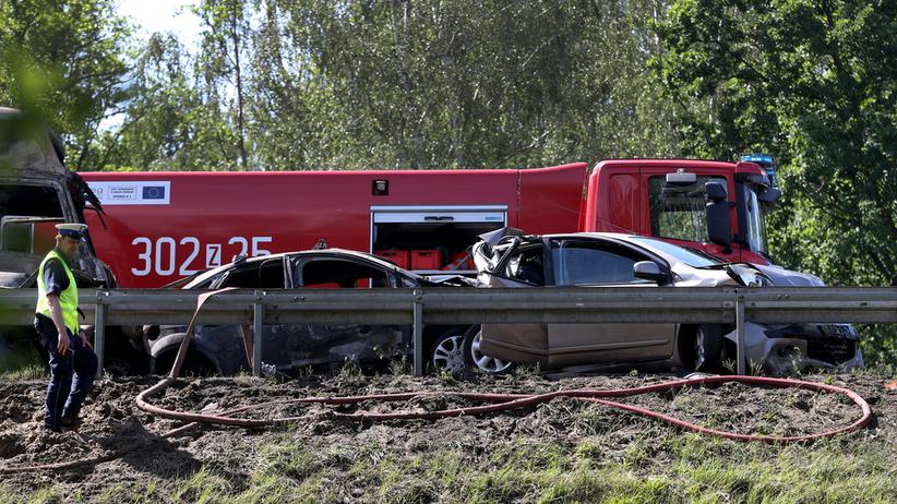 Proces kierowcy, który spowodował karambol na A6. Wyjdzie z aresztu