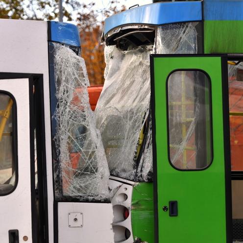 Szczecin. Wypadek tramwaju na ul. Żołnierskiej. Motorniczy nagle zasłabłv