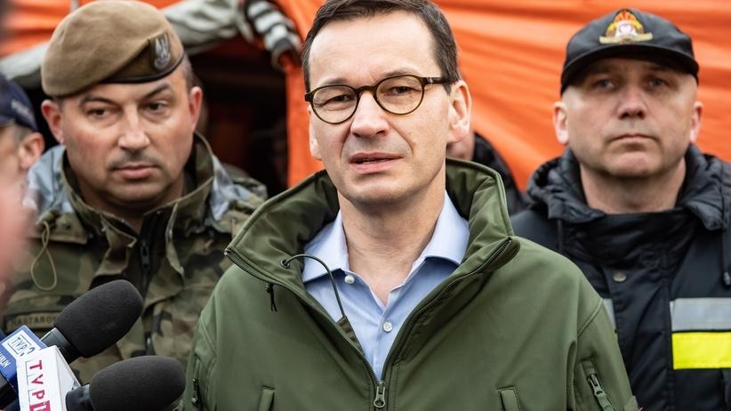 Premier na sztabie kryzysowym w Małopolsce: wszystkie służby podjęły działania