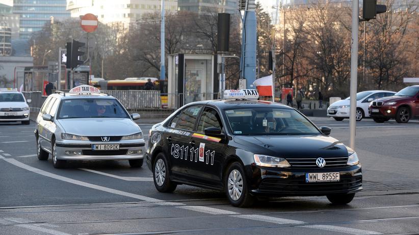 Toruń. 4 lata więzienia dla taksówkarza, który potrącił na pasach dwójkę pieszych