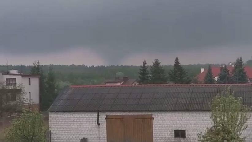 Trąba powietrzna spustoszyła wieś. Zerwane linie energetyczne i dachy domów
