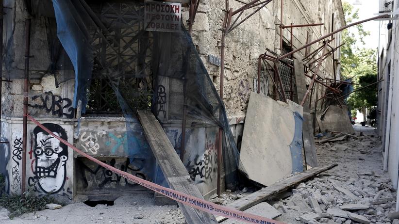 Silne trzęsienie ziemi w pobliżu Aten. Ludzie w panice wybiegali z budynków