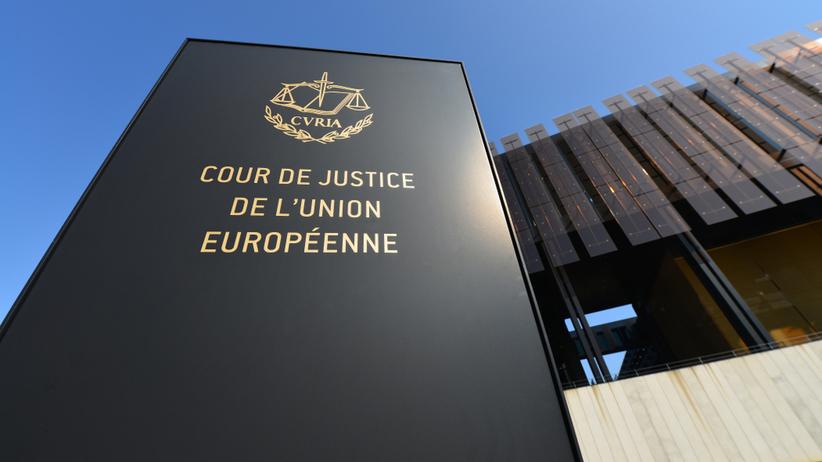 TSUE: obniżenie wieku emerytalnego sędziów SN sprzeczne z prawem UE