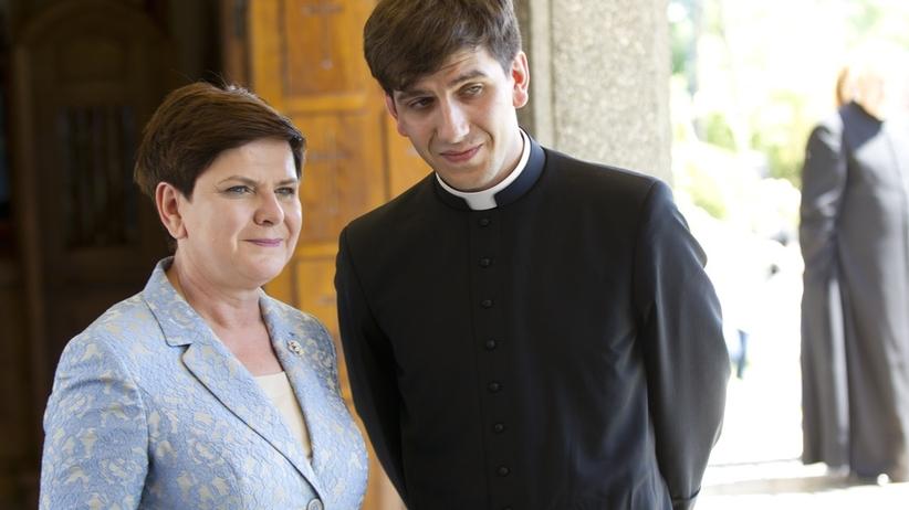 Tymoteusz Szydło nie przyjechał do nowej parafii. Ksiądz i syn byłej premier wziął urlop