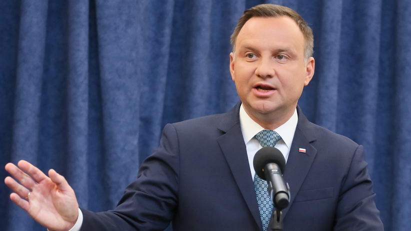 Ustawa rozszerzająca 500 plus u prezydenta Andrzeja Dudy. Decyzja w czwartek