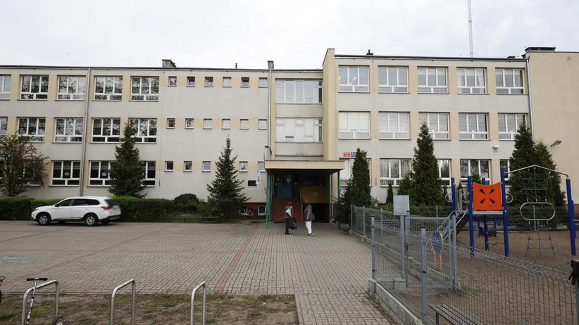 Śmierć w szkole w Wawrze. Dyrektorka: wszyscy jesteśmy wstrząśnięci