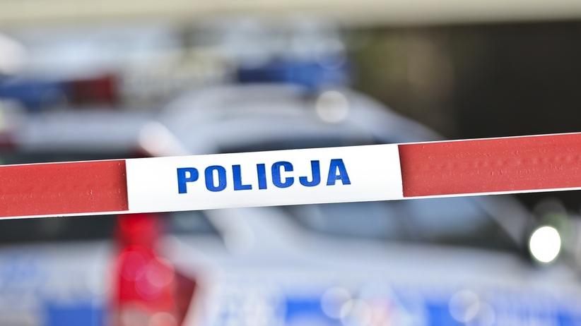 Warszawa. Nastolatek wyskoczył z 18 piętra. Spadł na starszego mężczyznę