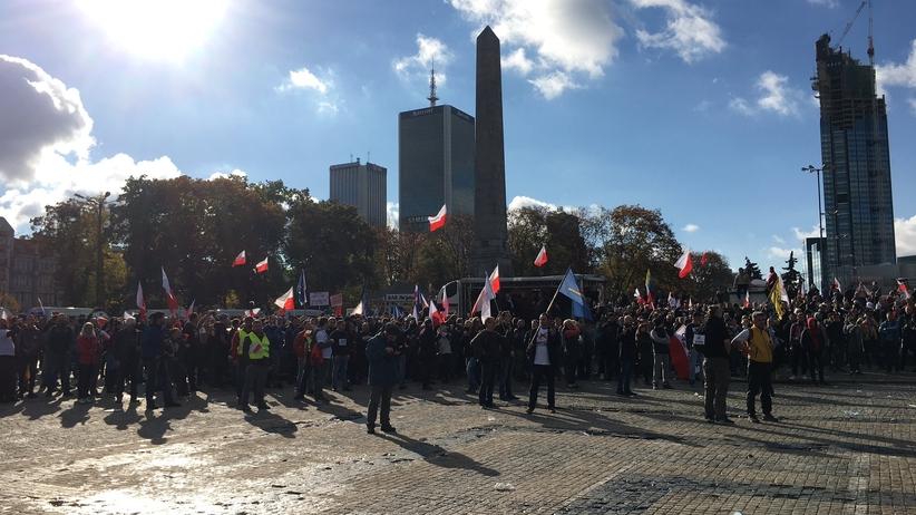 Protest przeciwników pandemii