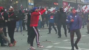 To oni mieli napaść na policjantów podczas Marszu Niepodległości. Policja publikuje kolejne zdjęcia