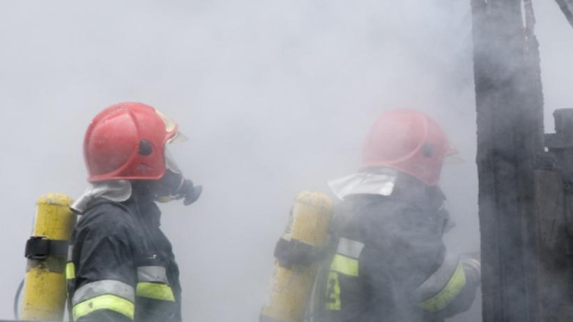 Tragiczny pożar na Bemowie. Strażacy znaleźli zwęglone ciało