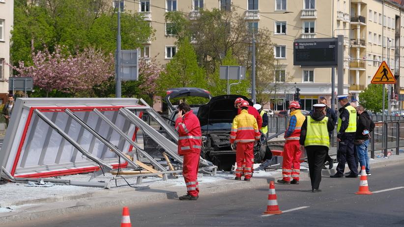 Na ul. Grochowskiej w Warszawie doszło do wypadku