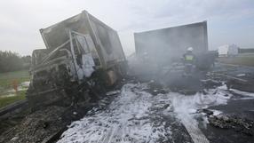 Pożar ciężarówki wojskowej na S8. Wiozła sprzęt do szpitala polowego w stolicy