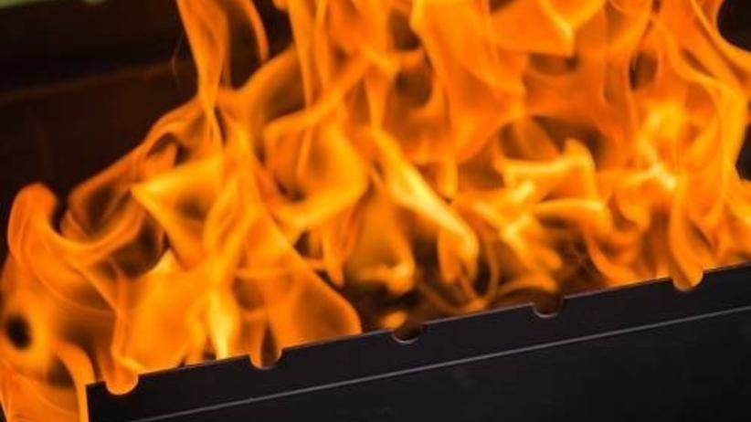 Pożar składowiska śmieci w Wielkopolsce. Gaszenie może potrwać do rana