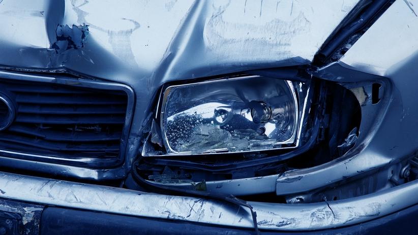 Wielkopolskie. Tragiczny wypadek po zderzeniu busa z ciężarówką