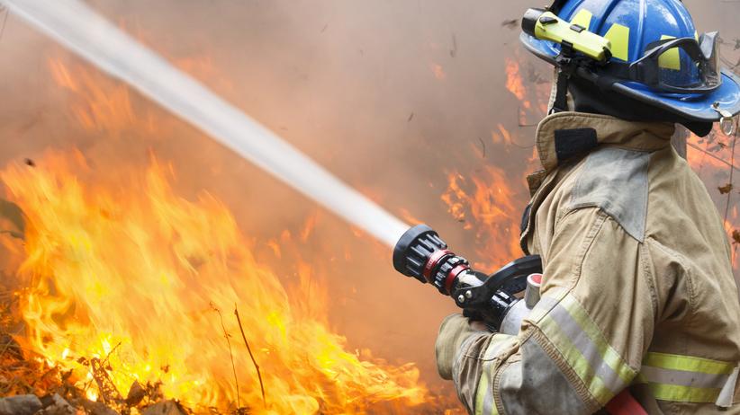 Tragiczny finał pożaru mieszkania. Nie żyje jedna osoba