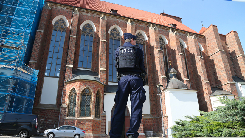 Przesłuchanie nożownika, który zaatakował księdza we Wrocławiu