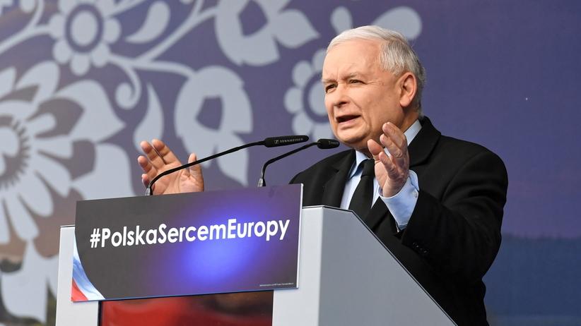 Wybory 2019. Prezes PiS Jarosław Kaczyński w Pułtusku mówił o obronie Kościoła