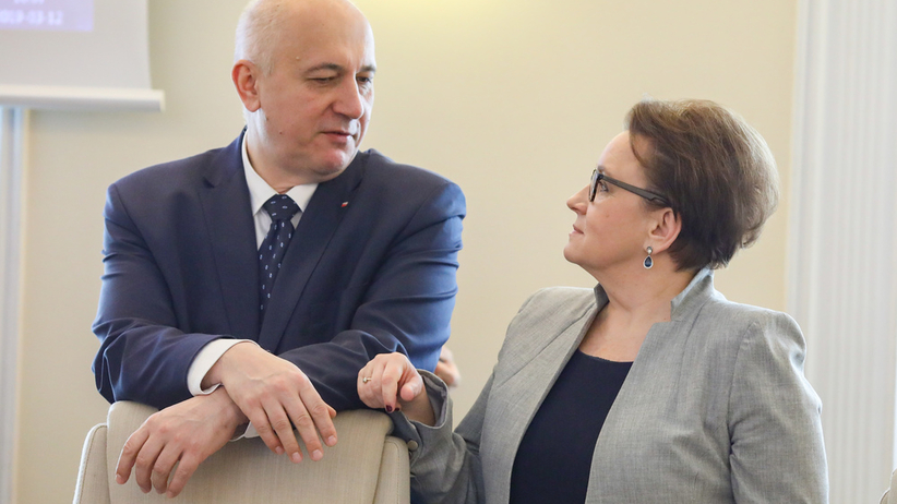 Sondaż IBSP dla RadioZET.pl i StanPolityki.pl: Ponad 80% badanych chce, by kandydujący do PE ministrowie zrzekli się swoich funkcji