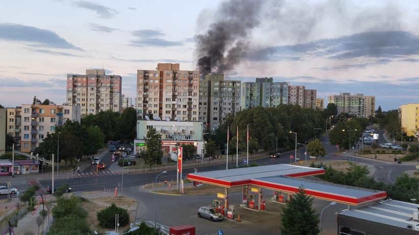 Wybuch gazu Zielona Góra. Ewakuacja na os. Słonecznym. Z bloku wyleciały okna