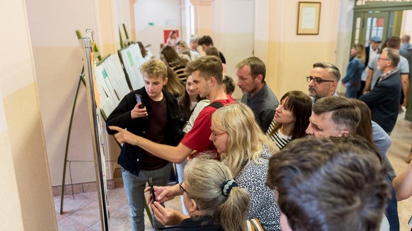 Wyniki rekrutacji do liceów 2019. W Warszawie ponad 3 tys. uczniów nie dostało się do szkoły