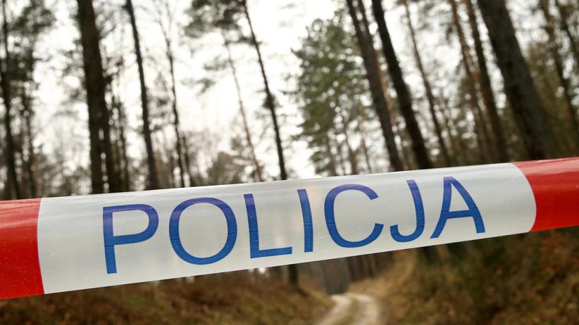Zwłoki policjantki i jej syna w lesie