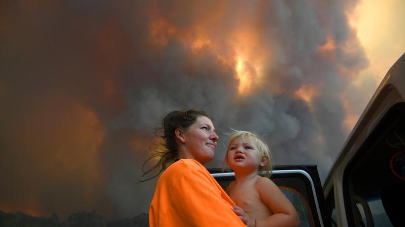 Potężne pożary pustoszą Australię. Zniszczone domy i ewakuacja mieszkańców