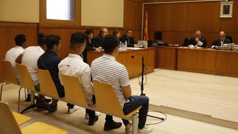 Barcelona. Sąd nie uznał zbiorowego gwałtu na 14-latce, bo ofiara była nieprzytomna