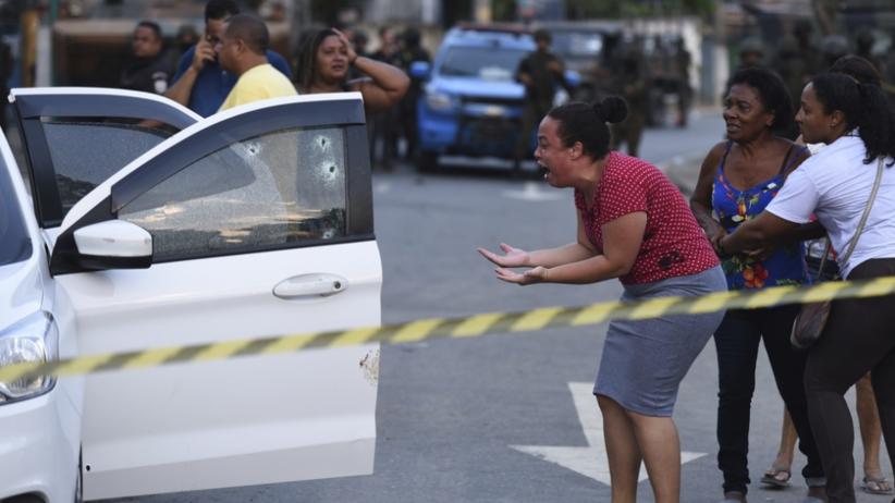 Patrol ostrzelał samochód z rodziną. Nie żyje muzyk. ''Oddał 80 strzałów''