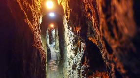 Chiny. Górnicy uwięzieni pod ziemią po wybuchu w kopalni. Błagają o pomoc