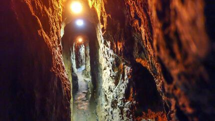 Górnicy uwięzieni pod ziemią po wybuchu w kopalni. Błagają o pomoc