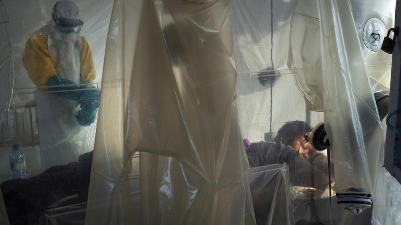 Ebola wróciła podczas epidemii koronawirusa. Nie żyje 11-letnia dziewczynka