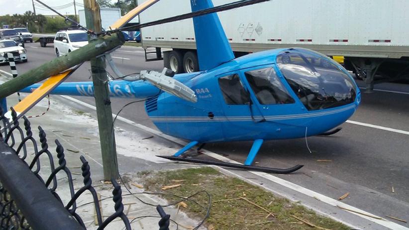 Helikopter spadł na zatłoczoną autostradę. Śmigło zabiło jednego z kierowców