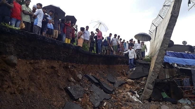 Runął mur w Bombaju. Zginęło co najmniej 15 osób