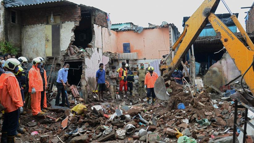 W Bombaju zawalił się budynek