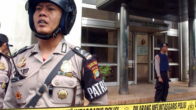 policja w Dżakarcie