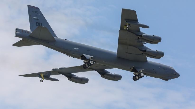 Iran. Amerykańskie bombowce B-52 wylądowały w Katarze