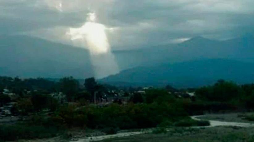 Jezus ukazał się na niebie? Internauci: Pan idzie po nas