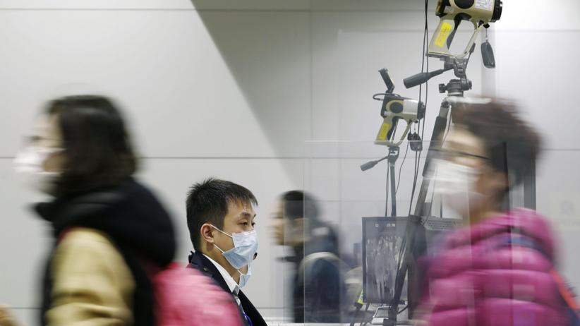 Koronawirus wydostał się z Azji. Liczba ofiar w Chinach rośnie. Czy grozi nam epidemia?