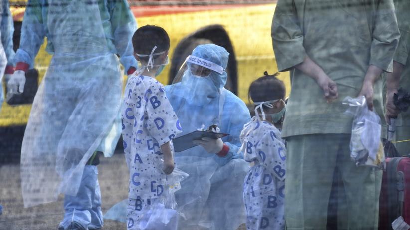 Walka z epidemią może się skomplikować? Covid-19 wrócił po wyleczeniu