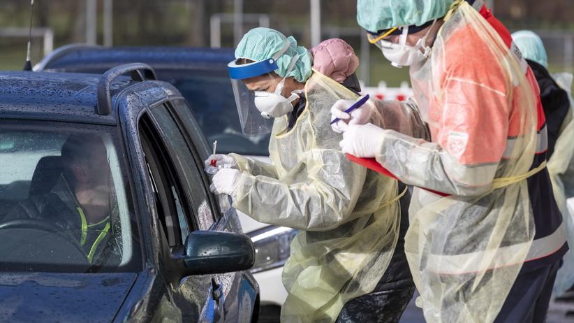 Koronawirus. WHO: Pandemia coraz bardziej realna