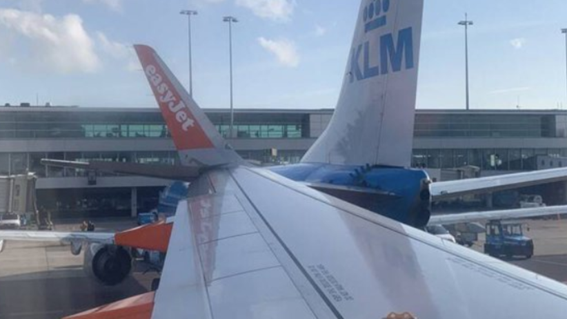 Lotnisko Amsterdam Schiphol. Samoloty EasyJet i KLM zderzyły się przy terminalu