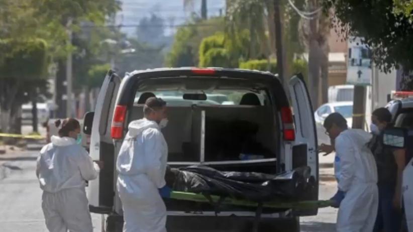 Meksyk: Dziesiątki ofiar w masowych grobach. Ofiar może być więcej