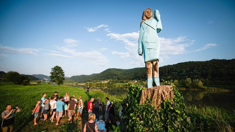Melania Trump doczekała się pomnika. Podobna?