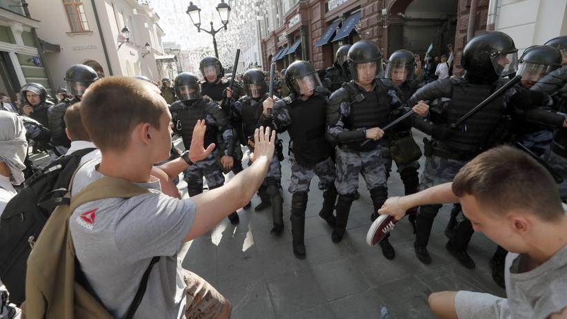 Moskwa. Ponad pół tysiąca zatrzymanych przed protestem opozycji